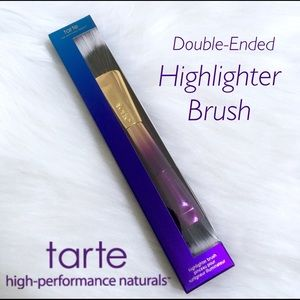 💜Tarte Double-Ended Highlighter Brush